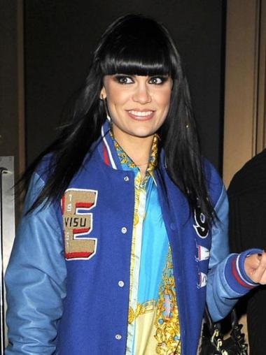 """Perruques Jessie J 18"""" Fabuleux Noir"""